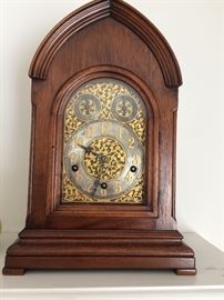 Bailey Banks and Biddle Mantle Clock