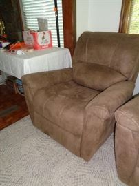 pair of matching very clean recliners