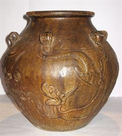 13th century Chinese vase