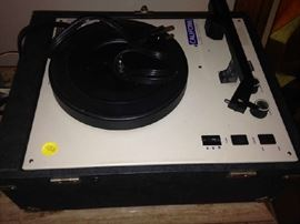 Record Player with lid