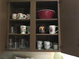 Mugs and glasses, Christmas bowls