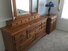 Oak bedroom dresser