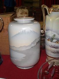 10' Japanese Sosuke cloisonne Meiji vase