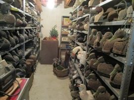 2decoys on shelves