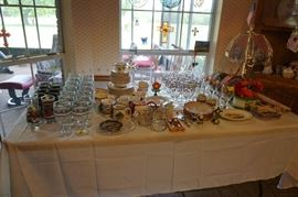 Holiday Tableware and Glassware and other miscellaneous items