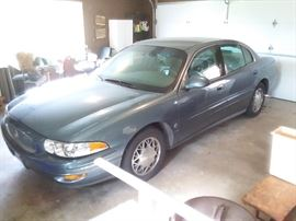 2001 buick lesabre. Very low miles!