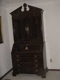 Beautiful Heritage Furniture - Heirloom - Mahogany Secretary