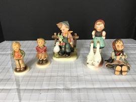 5 Hummel Figurines      https://ctbids.com/#!/description/share/22269