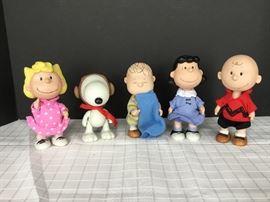 Collectibles Peanuts Gallery      https://ctbids.com/#!/description/share/22280