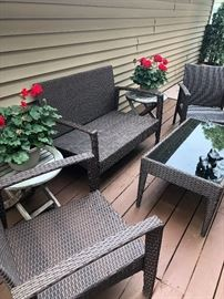 Continuation of the outdoor patio furniture.  Cushions go with the set and are in immaculate/New condition.