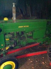 John Deere Model M