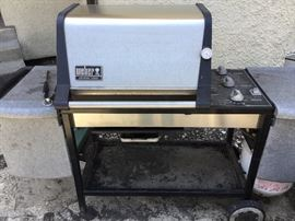 Weber genius gold grill $100