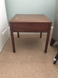 Florence Knoll 1958 Mid-Century Modern End Table