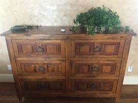 HICKORY CHAIR FURNITURE DRESSER