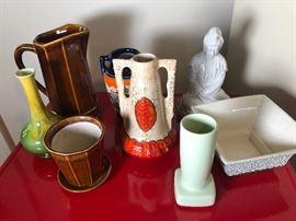 Checlosovacian vase, kwan Jin