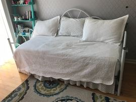 White iron day bed with mattress!