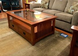 Haverty's solid wood 2 drawer glass top coffee table  - has matching end tables (2) and sofa table