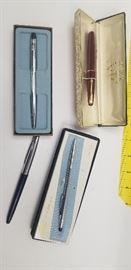 Vintage Pens     http://www.ctonlineauctions.com/detail.asp?id=718481