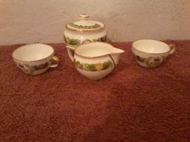 Japanese Inspired Vase and Mini Tea Set http://www.ctonlineauctions.com/detail.asp?id=718916