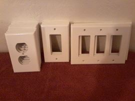 14 Wall Outlet Covers in Plastic http://www.ctonlineauctions.com/detail.asp?id=718923