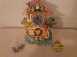 Noah's Ark Clock             http://www.ctonlineauctions.com/detail.asp?id=718927