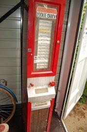 Cookie Shack Cookie Dispenser Machine - Vintage