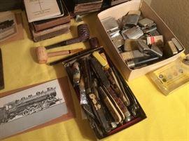 Box full old pocket knifes