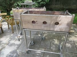 ROLLING PLANTER BOX ON INDUSTRIAL STAND
