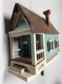 "Custom made wooden birdhouse, by Larry and Gail Smith, the ""Mirrobella Duboix"", built around 1820 in Vicksburg, MS, it was an entertainment center for gambling, drinks and companionship; destroyed by General Grant in 1863."