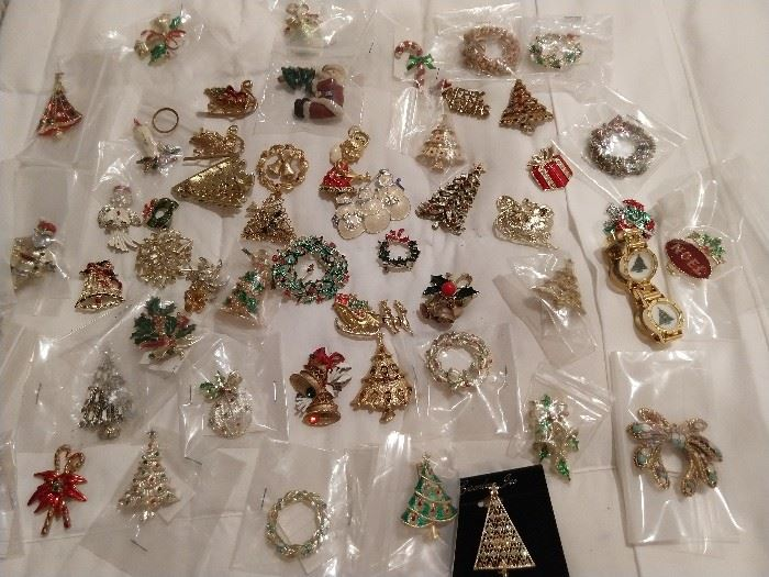 Oh yes, what's a drawer full of Mom's vintage jewelry, without Christmas pins, brooches, doo dads, etc?