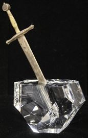 LOT #5003 - STEUBEN ART GLASS SCULPTURE EXCALIBUR SWORD