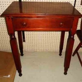 Antique 1-drawer Lamp Table