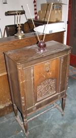 This radio could be a great find with a little TLC.  It is mostly just dusty, but should be checked out more thoroughly.