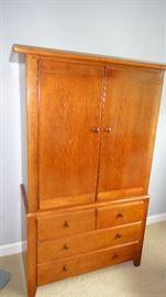 Thomasville Bedroom set, armoire