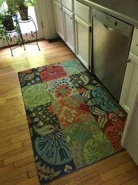 Beautiful 3X6 Company C area rug.  There are two matching ones!