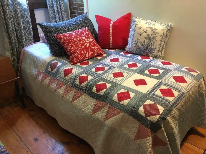 This is the top of the captain's twin bed.  All decorative pillows are for sale.  The quilt is not for sale.   The bed has been sold, all decorative pillows are still available.