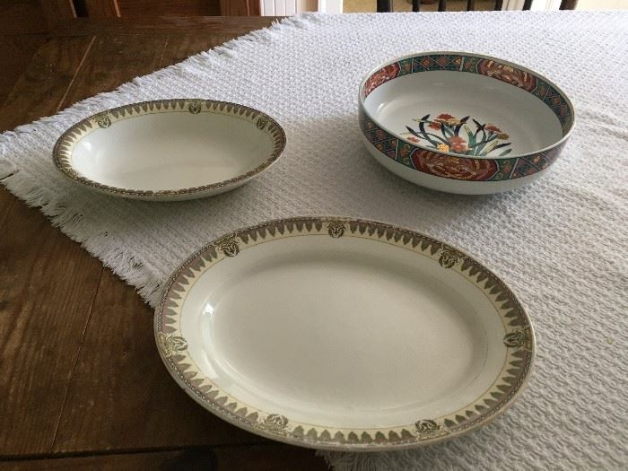 We are selling a variety of vintage and new plates, platters, bowls, etc...