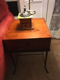 Cute end table (matches coffee table) with two drawers for storage (top lifts up and there's a little drawer below for pens, paper, etc...)