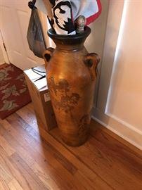Large decorative Pot $ 60.00