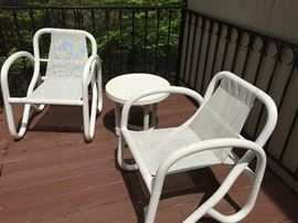 Contemporary patio chairs with side table