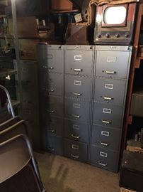 Full Cabinets of Sams Photofacts