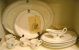 Old Arlington dishes. Excellent condition