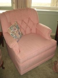 Pink tufted accent chair, perfect for a bedroom