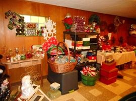TONS OF ORNAMENTS...TONS..in boxes..Glass, Unbreakable, Glittery, Sparkly, Snowmen, Trees, Decorative..50% OFF!!