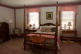 Antique 4 poster bed, side table, lamps and home decor