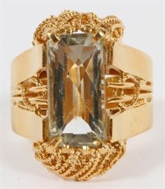 "6.40CT NATURAL GREEN AMETHYST AND 18KT GOLD RING, H 7/8"", SIZE 7.75  Lot # 0014"
