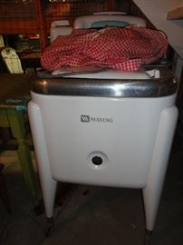 Vintage Maytag washing machine with wringer attached.  It worked the last time it was switched on!  Great condition for it's age.