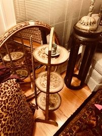 tilt top Florentine table
