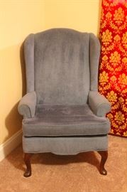 Blue Upholstered Parlor Chair 27x27x42