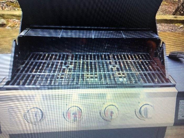 Dynaglo gas grill